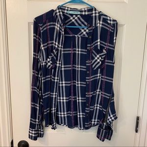 Size Small Maurice's button down top